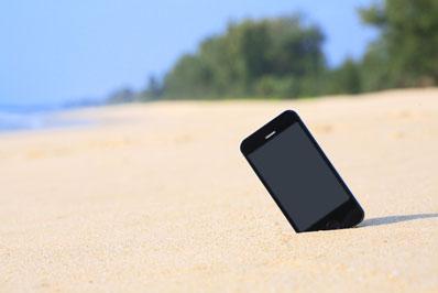 phone-beach
